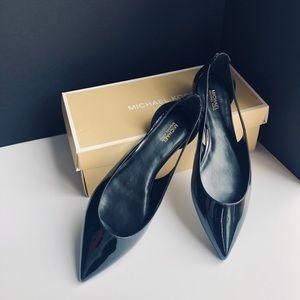 New ! 🔥 Michael Kors Cersei Flax Flats
